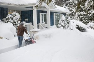 3 Reasons to Call a Professional for Residential Snow Removal