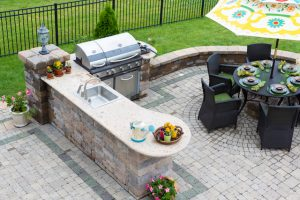 Outdoor Kitchen Design Tips