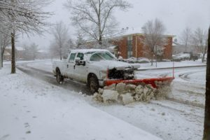 Why It's Better to Hire a Snow Removal Company